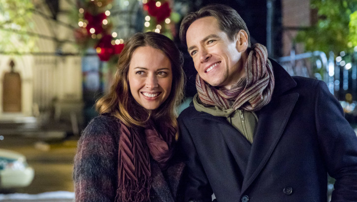 16 Facts of Hallmark Christmas Movies